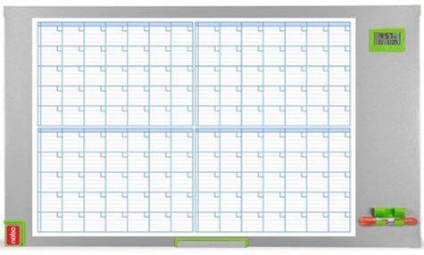 acco Planning magnetico Performance Plus 4 mesi Formato 60x104cm. Superficie scrivibile con matrice stampata in 4 formati. Display data-ora. Spazio scrivibile per appunti con pennarello o per note cartacee da fermare con magnetini. Cancellino magnetico. Scomparto portapennarelli estrasibile. 96-08.