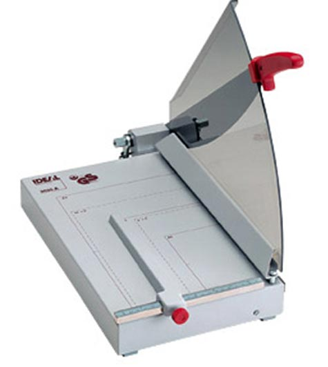 gbc Taglierina IDEAL 2035. Made in Germany. Ghigliottina  pressino automatico, 240x381, 30 fogli, luce taglio 350 mm.
