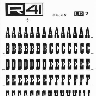 """trasferibilir41 9,5mm, NERO. Trasferelli-Trasferibili R41 in fogli 9x25cm. Lettere Maiuscole Proarte L p. 118 Benché l'impostazione della forma di questo carattere sia essenzialmente geometrica, lo si può classificare fra i tipi """"fantasia"""". Venne elaborato e largamente usato ne periodo """"Liberty"""" per manifesti, annunci e locandine. Avendo particolari proporzioni (stretto e alto) è da usarsi soprattutto per titoli a più parole e uniriga con evidente effetto di richiamo.. P. 118."""